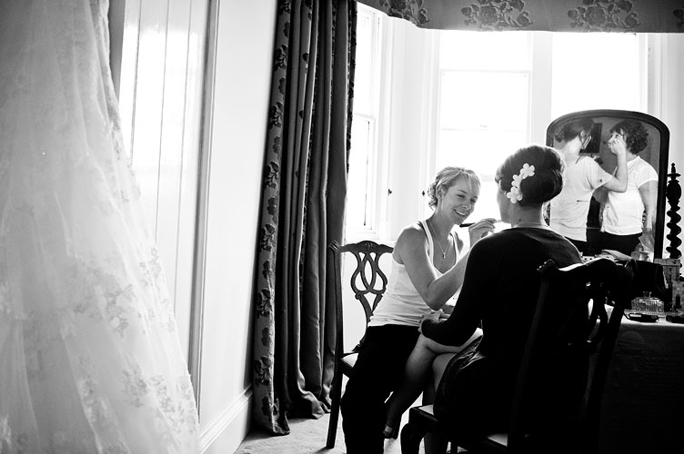 Scroll right for Lorton House wedding photos